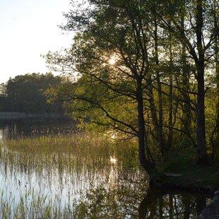 Vakars pie Auciema ezera
